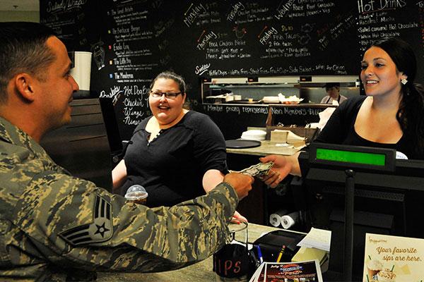 veterans day restaurants