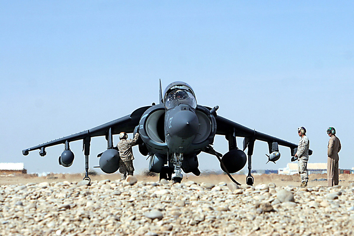 av-8b-harrier-ii_001.jpg