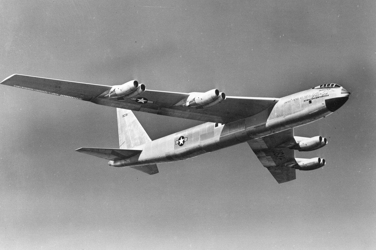 b-52-stratofortress_013