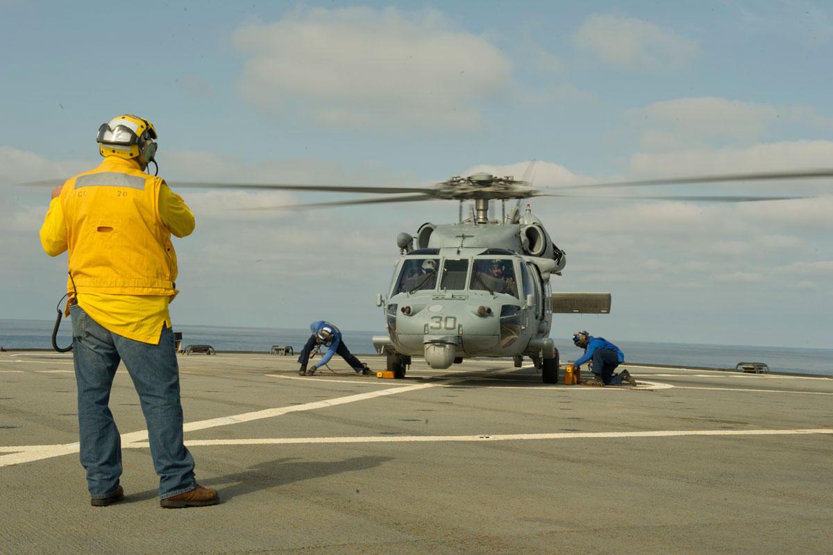 mh-60r-sea-hawk_002