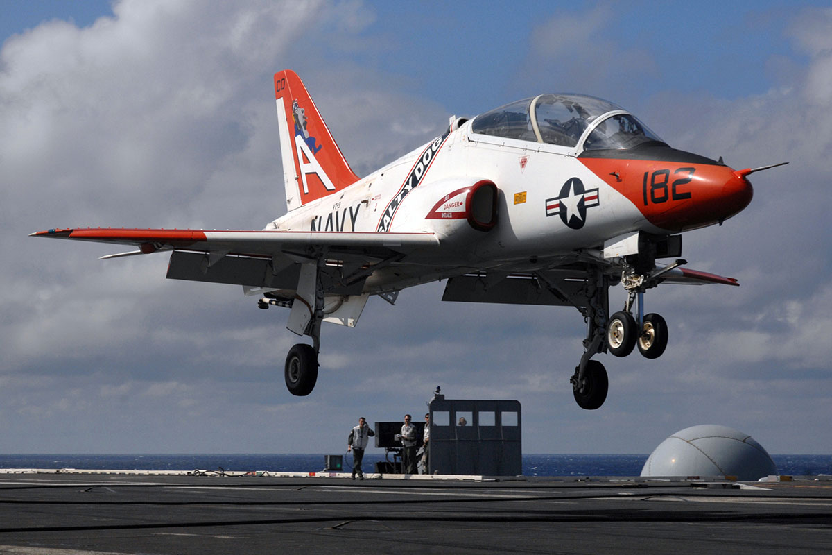 Navy Looks To NASA For Insights Into T-45 Cockpit Dangers