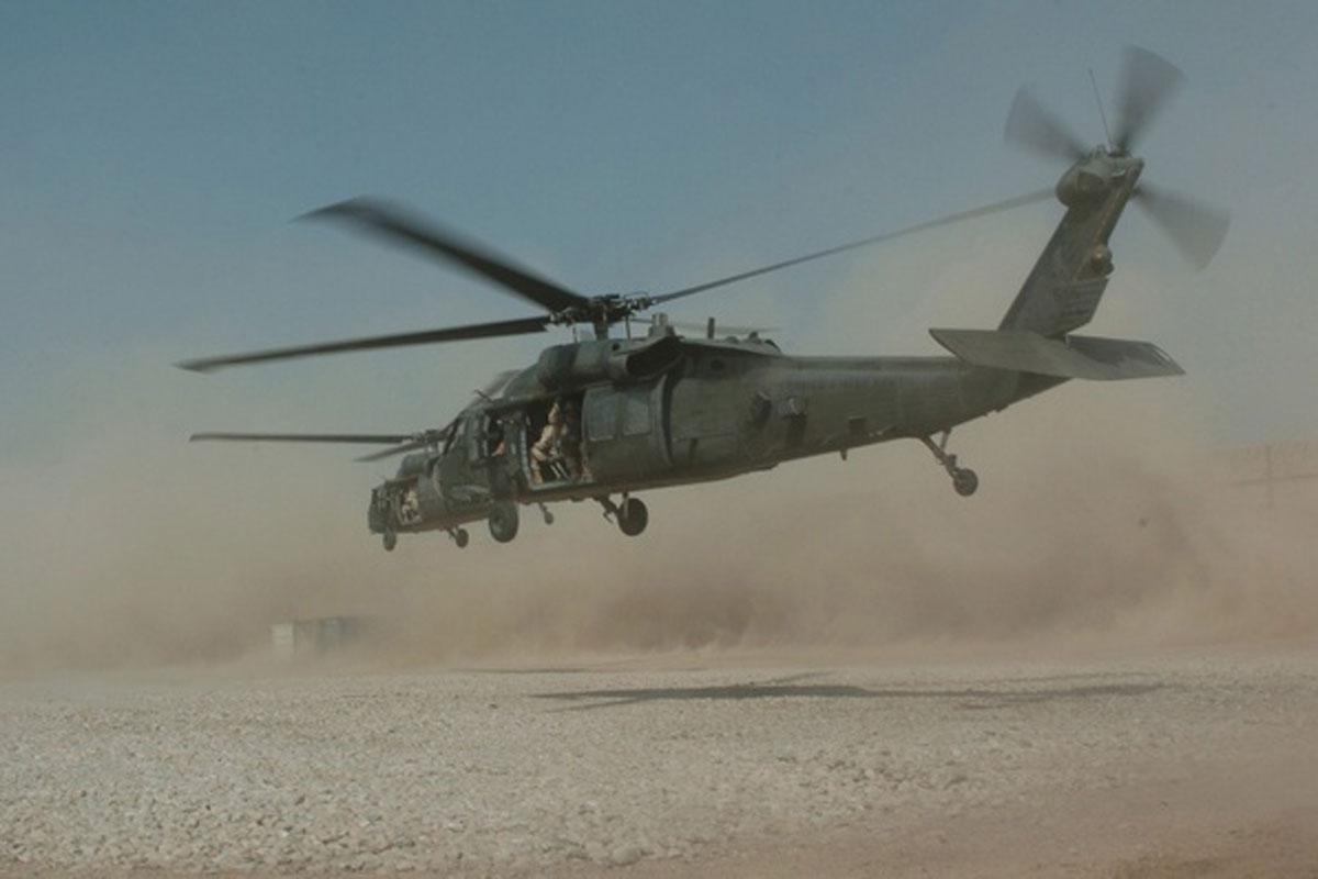 blackhawk helicopter - photo #40