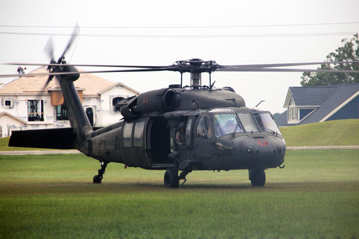 blackhawk helicopter - photo #26