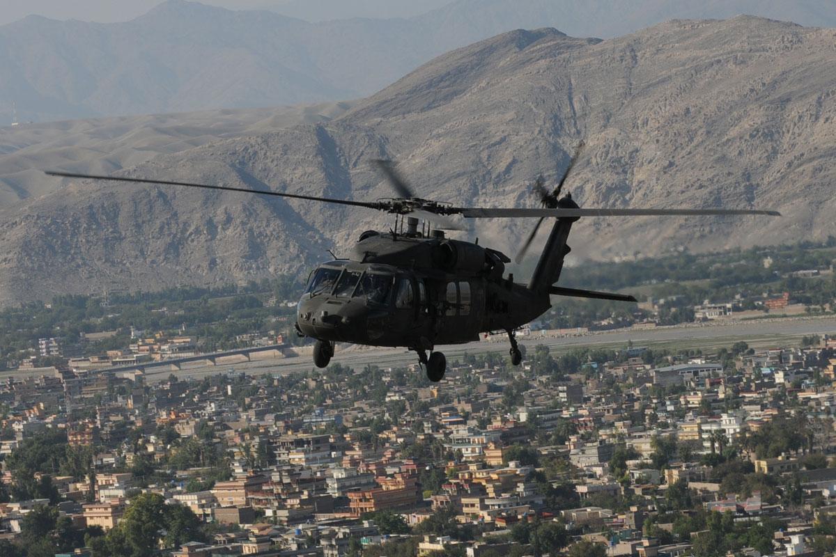 uh-60-black-hawk_010