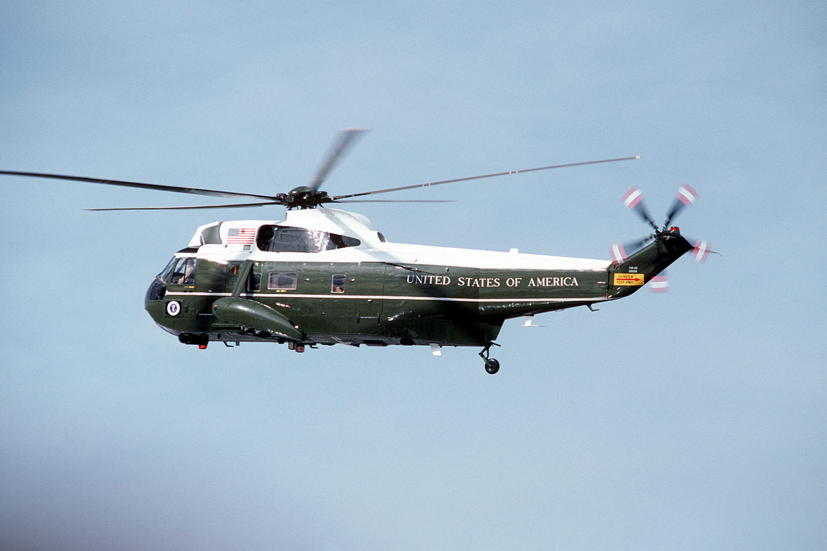 new marine one helicopter with Vh 3d Sea King on Avoid President Obama in addition Mcrc Conquers Recruiting Mission likewise The Vigor Offshore Patrol Craft as well 3 Coast Guardsmen Lost In Helicopter Crash Off Washington besides First Female Fly Marine One Relieved  mand.