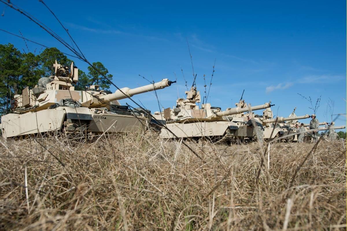 m1a2-abrams-battle-tank-03