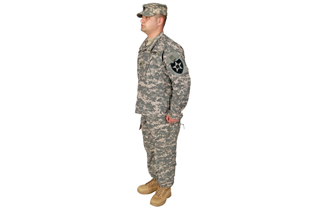 army uniform Combat uniforms featuring the service's newest camo pattern will be available for sale starting in the summer of 2015, the army announced thursday.