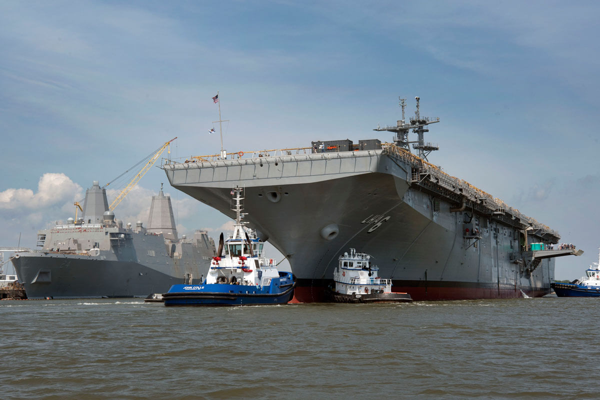 lhar-america-class-amphibious-assault-ship-01