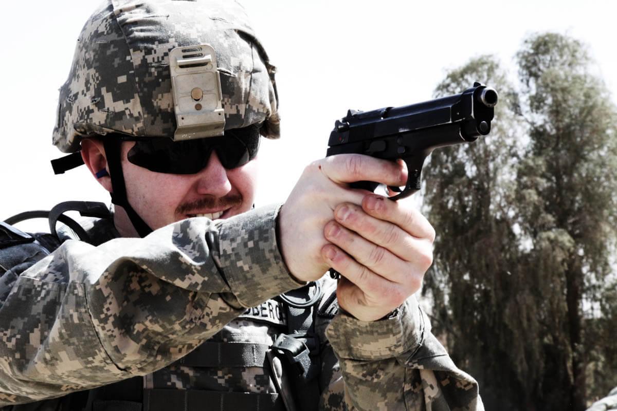 m9-pistol-006