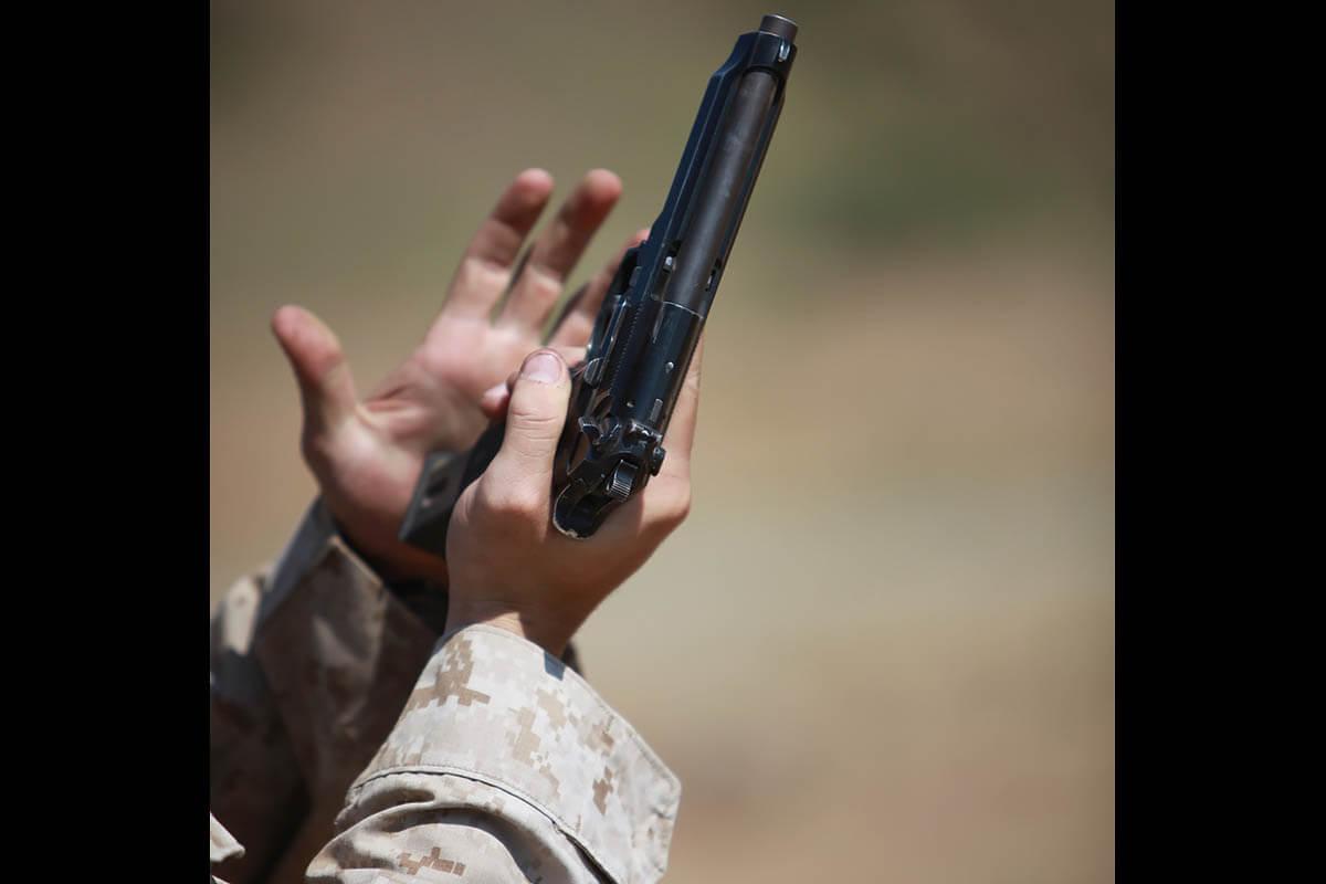 m9-pistol-007