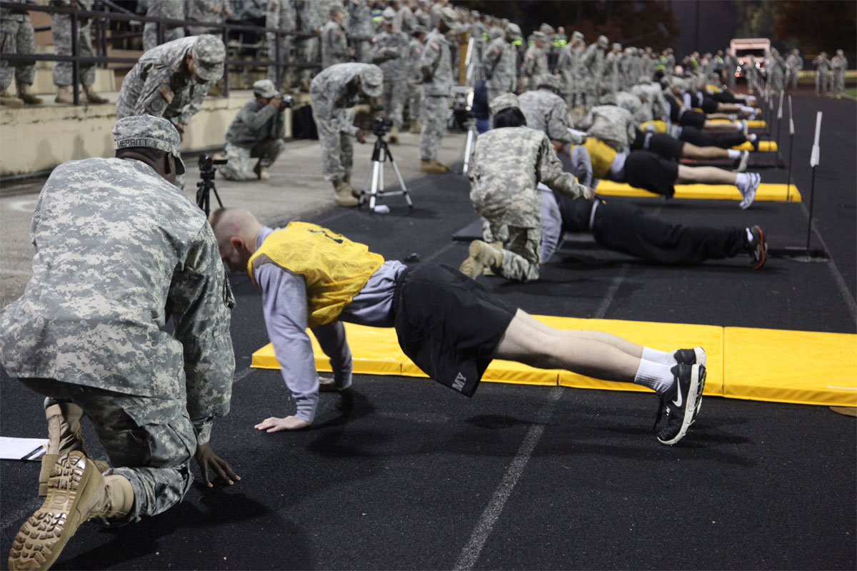 foto How to Pass Your Army Physical Fitness Test (APFT)