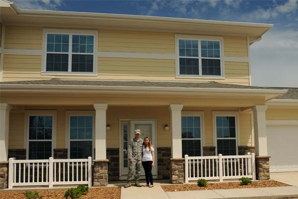Senior Airman Dustin Monti and his spouse, Beth, are the first family to move into the newest privatized housing development at Ellsworth Air Force Base, S.D., May 27, 2015. (U.S. Air Force photo by Senior Airman Hailey R. Staker/Released)