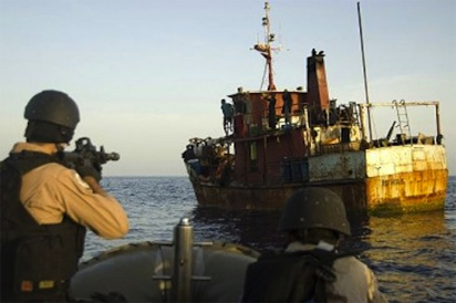 Crews Fighting Piracy