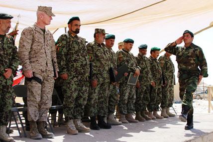 afghan gis salute 428x285