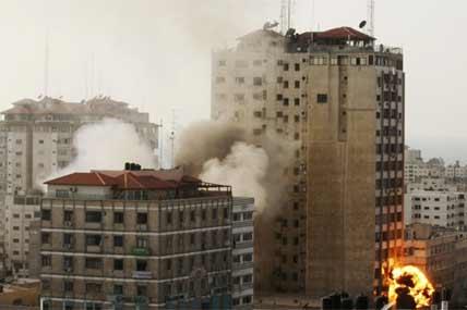 gaza explosions 428x285