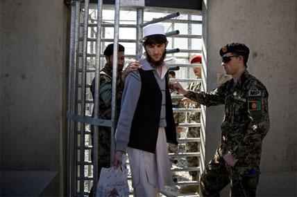 parwan prisoner 428x285