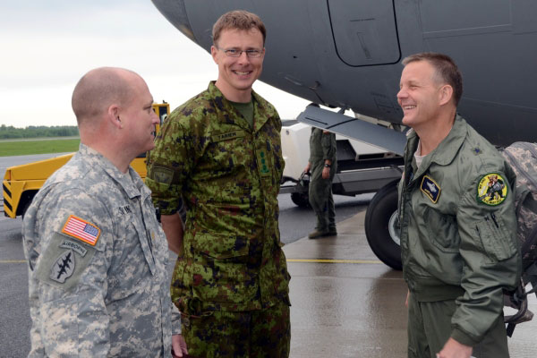America Caption Col Jaak Tarien Center Commander Of The Estonian Air Force