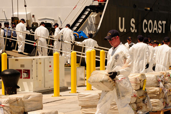Coast Guard drug offload 600x400