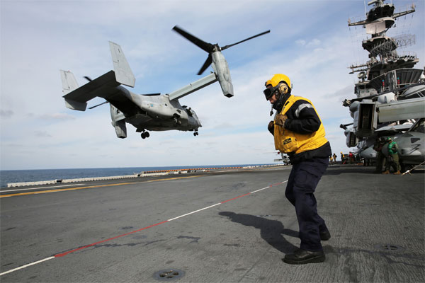 MV-22 Osprey takes off flight deck of USS Kearsarge 600x400