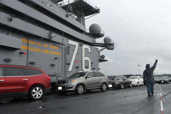 flight deck of the aircraft carrier USS Ronald Reagan 600x400