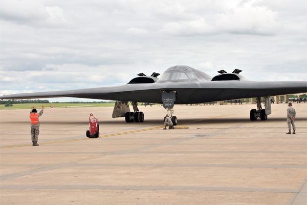 B-2 Spirit of Hawaii 600x400