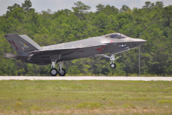 F-35C Lightning II 600x400