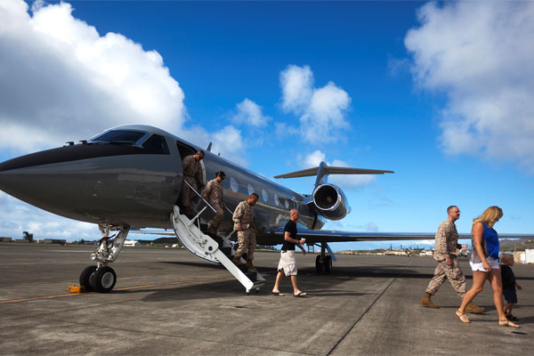 Marines Corps private jet airliner 600x400