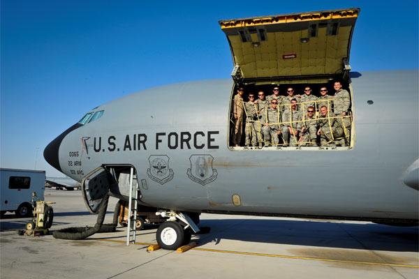 KC-135 Stratotanker 600x400