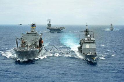 ships refuel 428x285