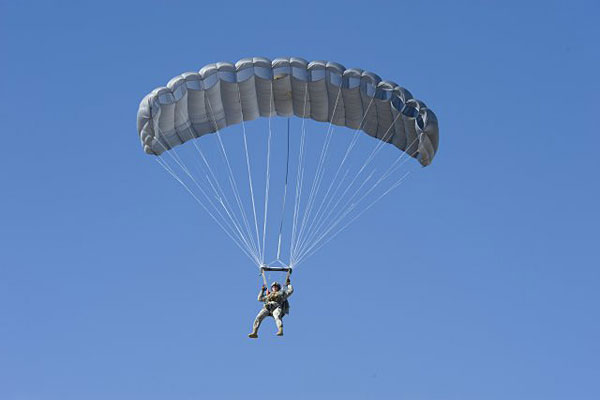 Navy SEAL Killed in Parachute Training Identified ...