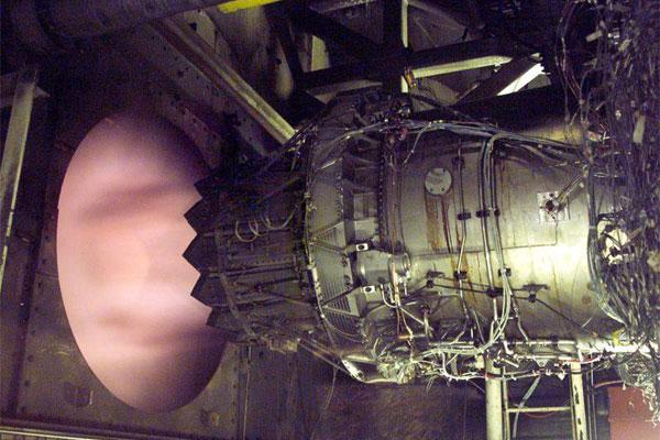 F135 engine 600x400