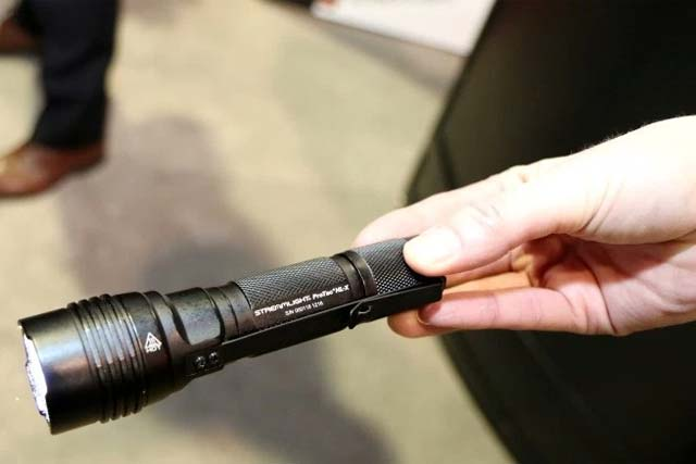 The Streamlight Protac HL-X 1,000-lumen tactical light. Photo: Military.com.