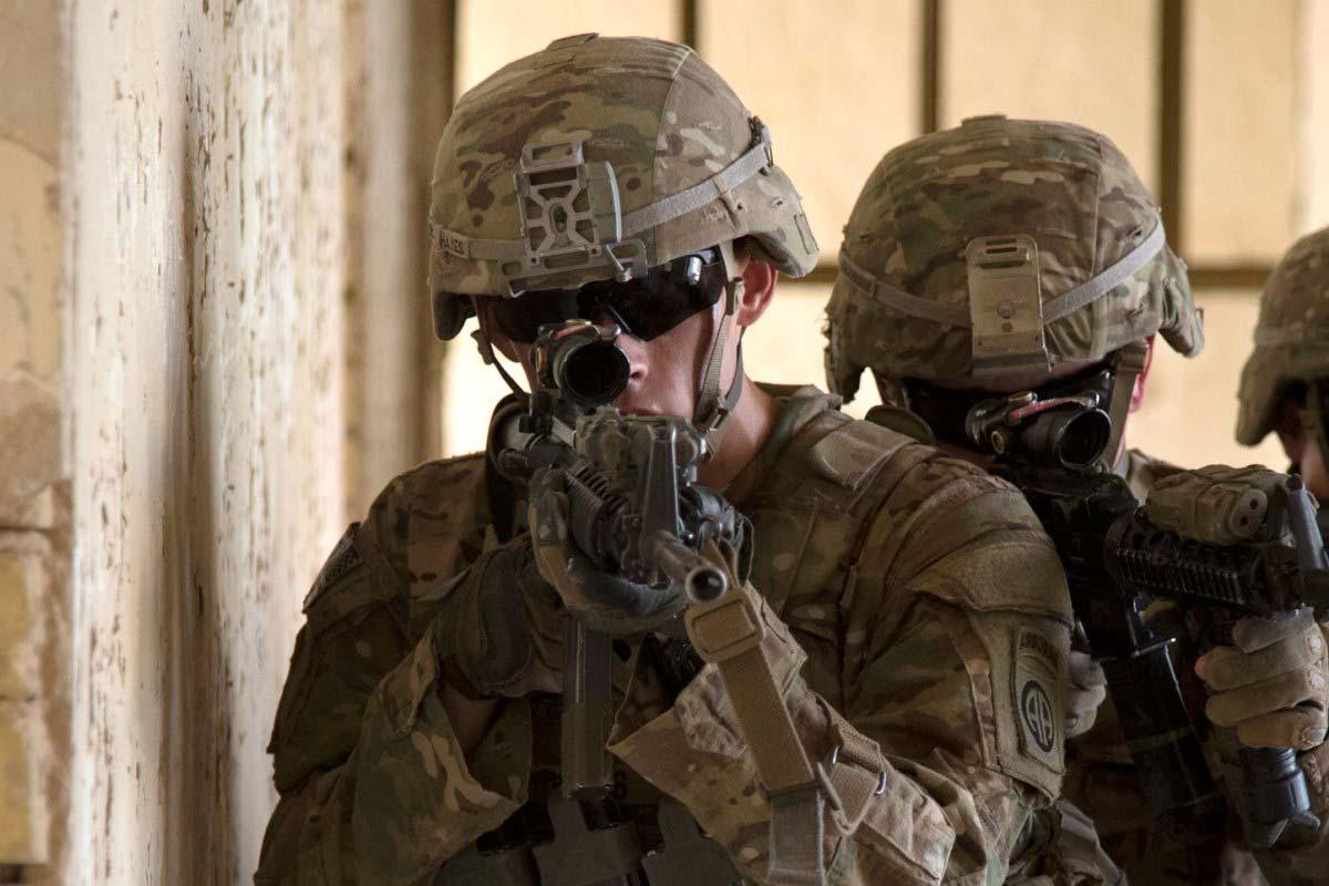 Army Shows Off Its Lightest Combat Helmet Ever Military Com