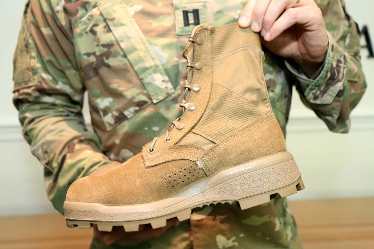 Army Close To Final Jungle Boot Design Military Com