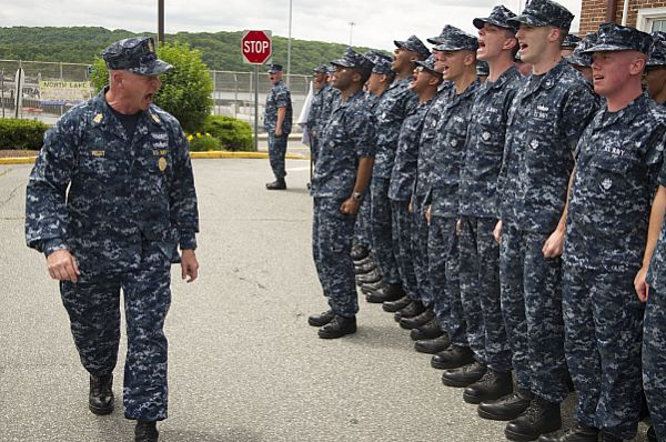 MCPON Rick West motivates US Navy sailors.