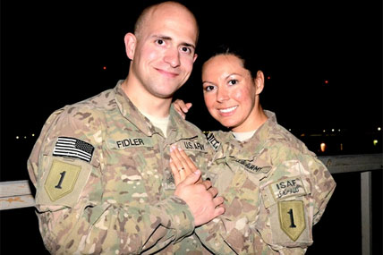 Army couple 428x285