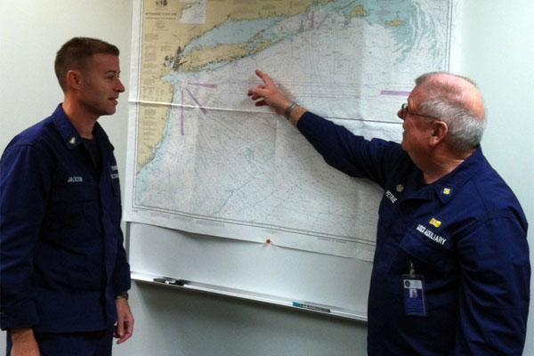 Coast Guard Auxiliarist Ed Petrie 600x400