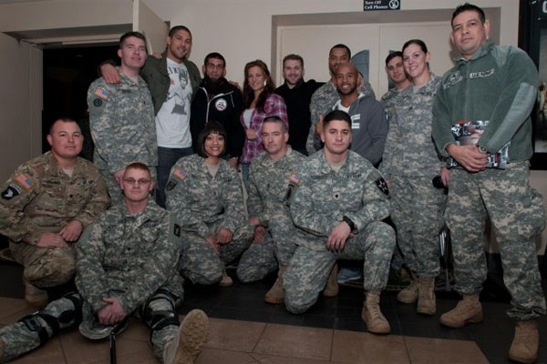 Wounded warriors with UFC fighters 600x400