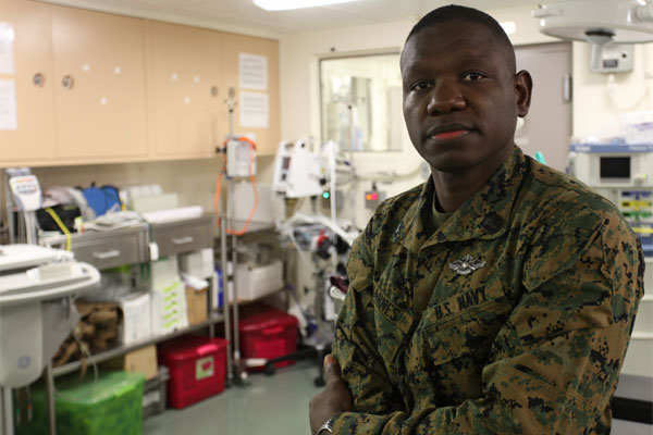 Navy Petty Officer 3rd Class Steve A. Barnes 600x400