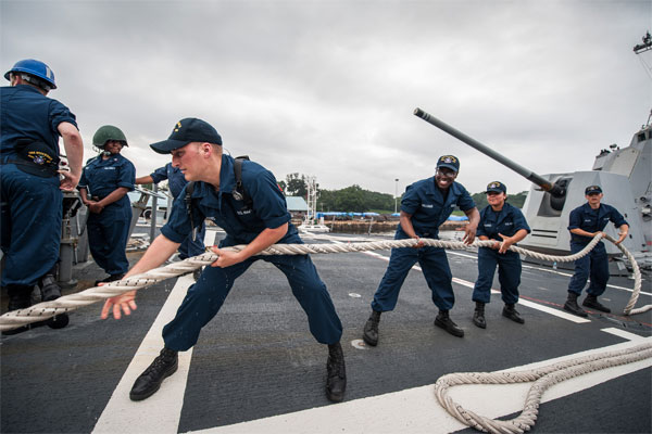 Sailors on ship 600x400