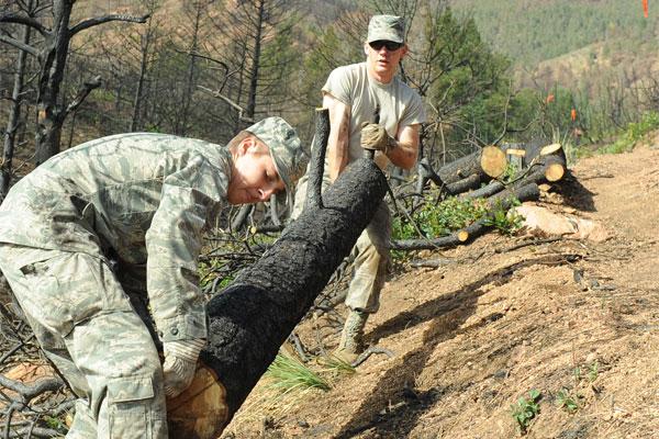 AF cadets volunteer 600x400
