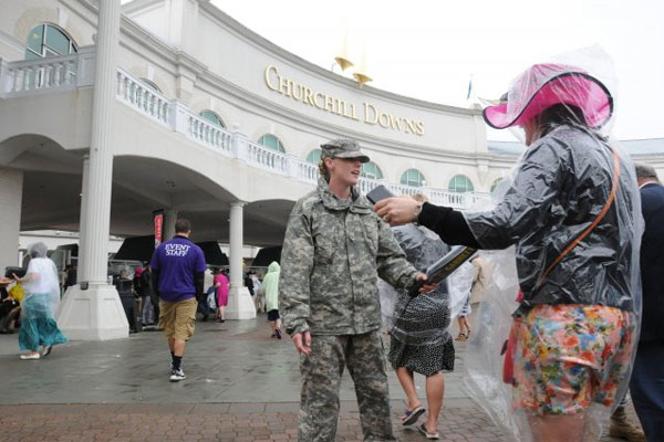 Guard soldiers at Kentucky Derby 600x400