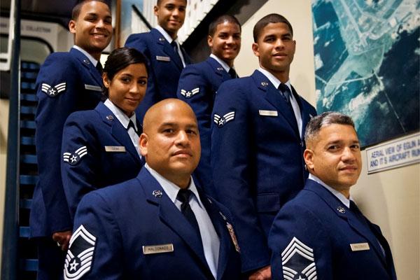 Air Force siblings 600x400