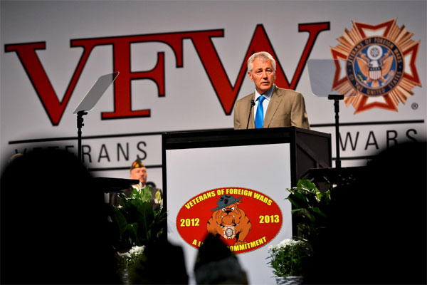 Hagel speaks at the VFW