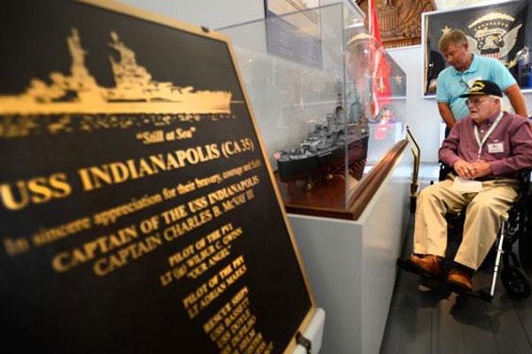USS Indianapolis survivor Felton J. Outland 600x400