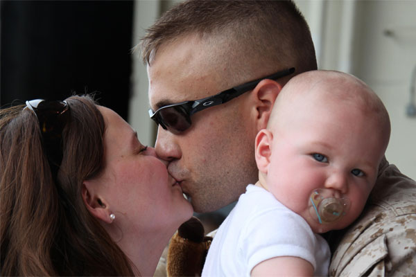 Cpl. Nicholas Carr and family 600x400