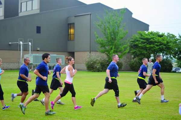 soldiers exercise 600x400
