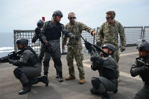 Navy exercise 600x400