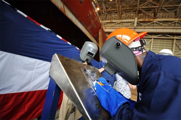 federal civilian welder