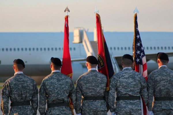 honor guard from the 101st Airborne Division at Fort Campbell